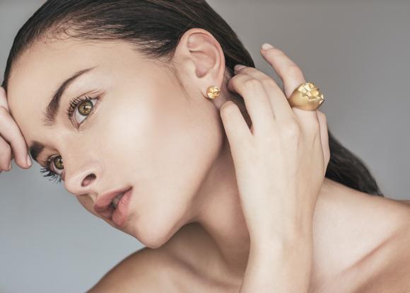 69 MINED x ROSE asymmetrical earrings
