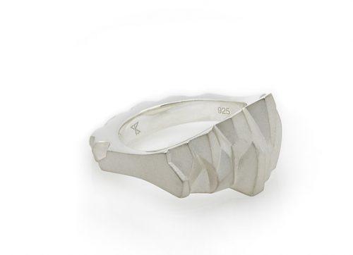 OBSIDIAN x SILVER ring
